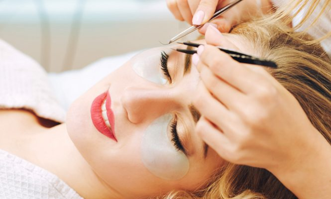100% Effective Ways to Take Care of Eyelashes
